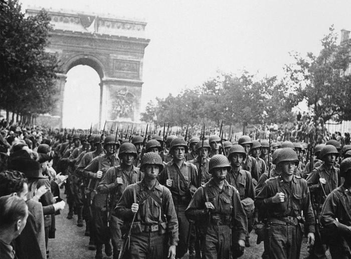 ナチス占領下のパリ