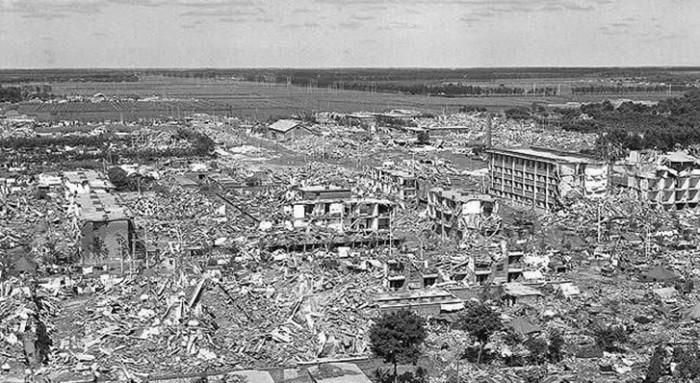 唐山地震直後の市街